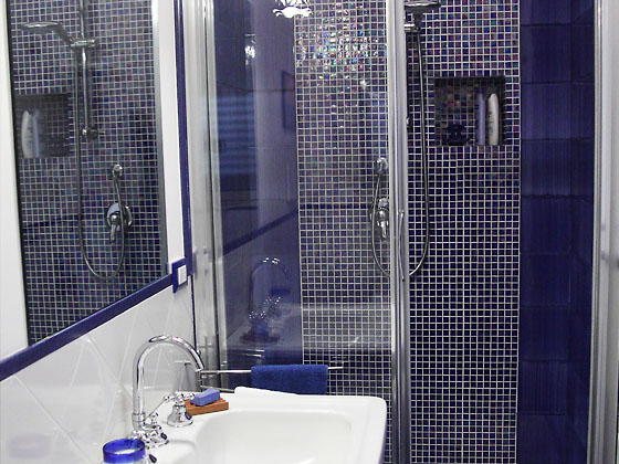 Bagni Blu Mosaico : Docce con mosaico. affordable piatto doccia in muratura bellissimo